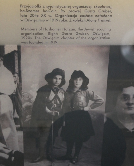 Hashomer Hatzair youth group members in Osweicim, Auschwitz Jewish Museum