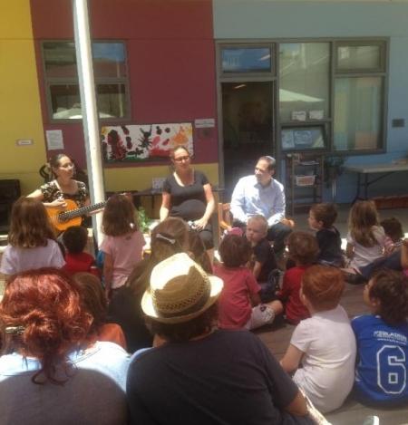 Rabbi Regev (right) leads a program for the Temple Sinai preschool / Photo courtesy of Temple Sinai